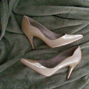 Gianni Bini taupe heels (7)